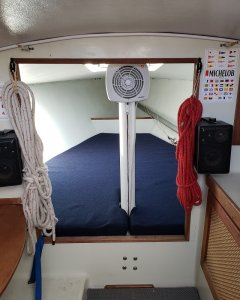 v berth resized.jpg
